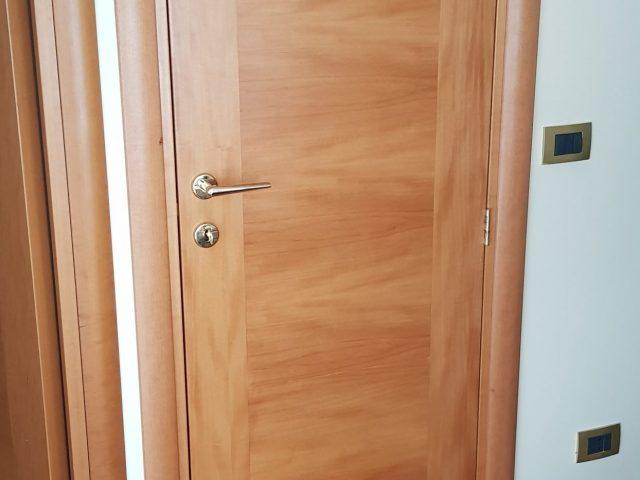 porta in legno per interni
